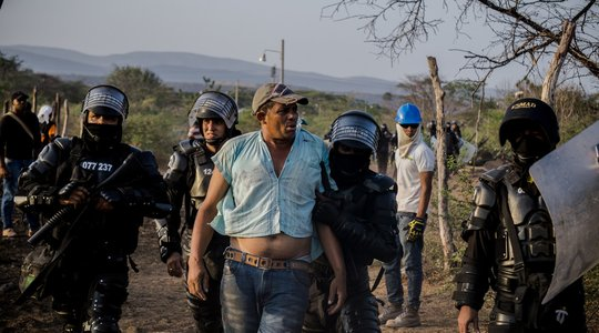 Colombia eviction police photo