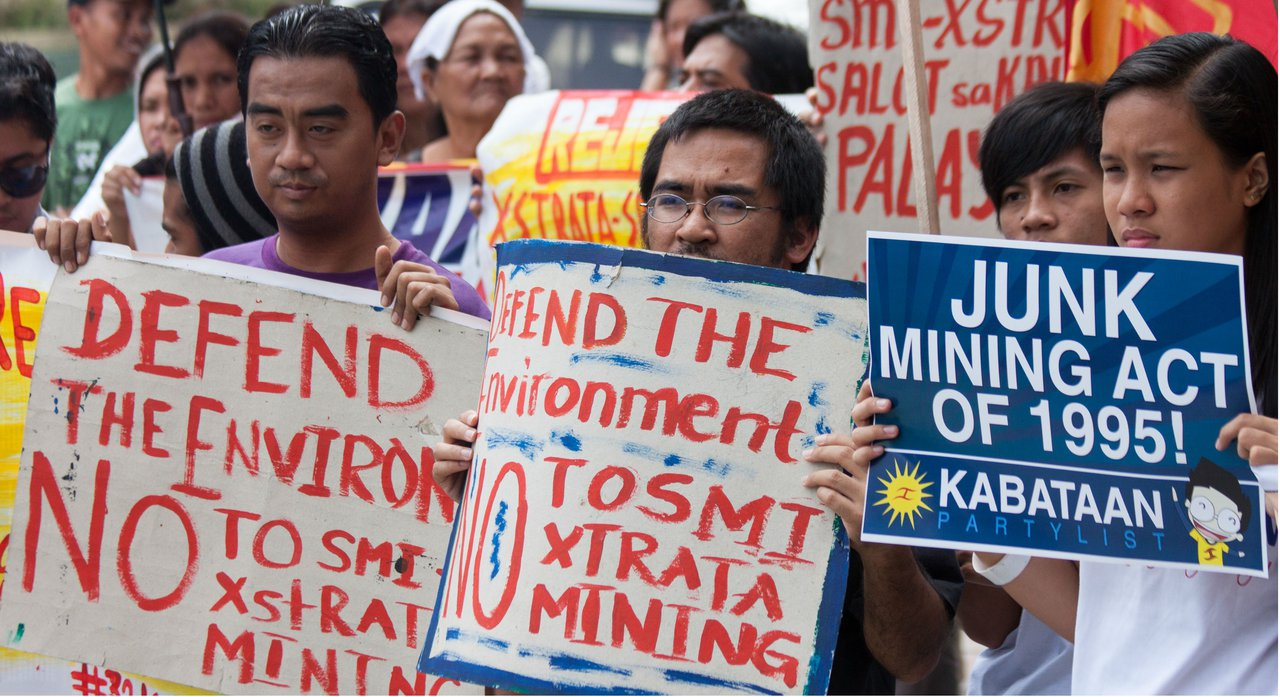 Filipino protest high res.jpg
