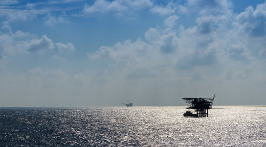 Offshore oil rigs (C) Getty Images