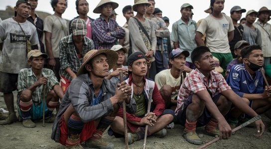 myanmar: jade mine workers